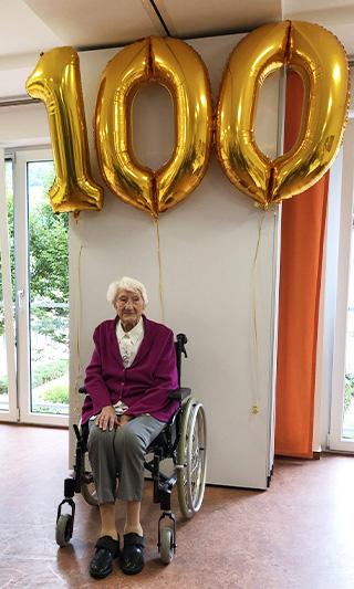 Franziska Hillebrand an ihrem 100. Geburtstag am 19. August 2021